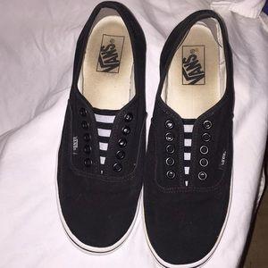 VANS SLIP ONS BLACK 10